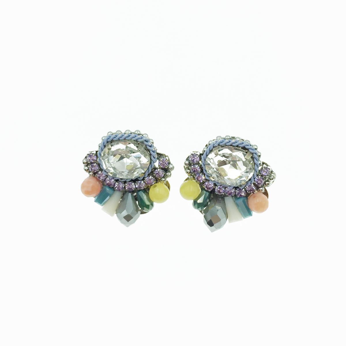精緻水鑽 質感 耳針式耳環 採用施華洛世奇水晶元素 Crystals from Swarovski