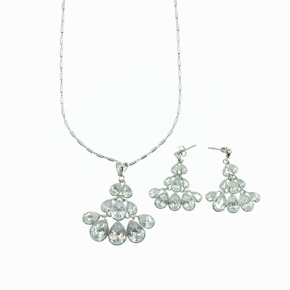 水滴造型 水鑽 垂墜 新娘飾品 耳環項鍊套組 採用施華洛世奇水晶元素 Crystals from Swarovski