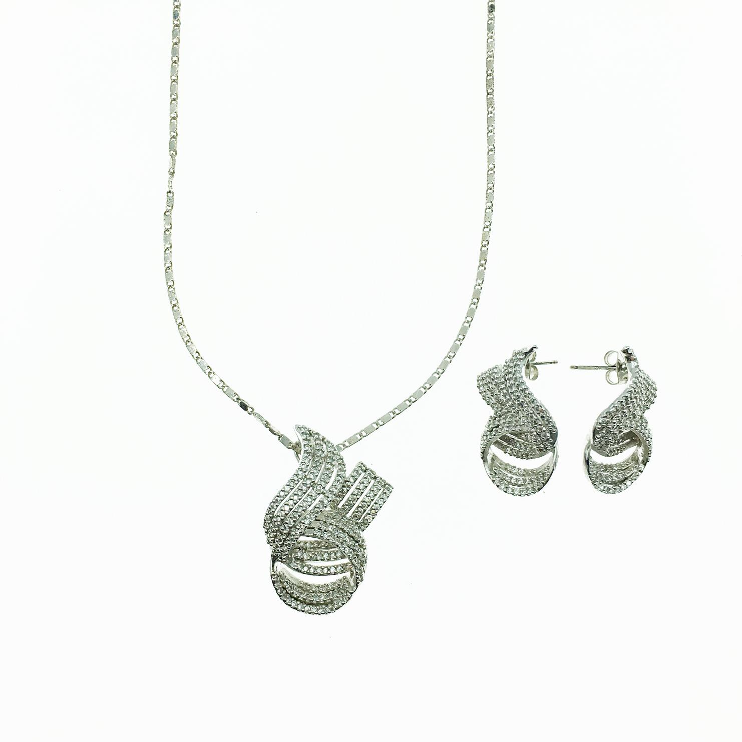 水鑽設計 精緻造型 新娘飾品 耳環項鍊套組 採用施華洛世奇水晶元素 Crystals from Swarovski