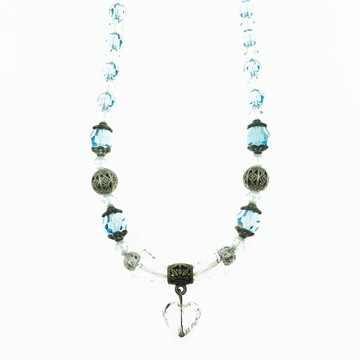 透明愛心 水晶 雕刻圖騰 藍白色 項鍊 採用施華洛世奇水晶元素 Crystals from Swarovski
