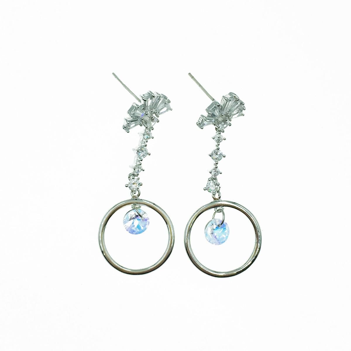 韓國 925純銀 簍空圓圈 水鑽 爪鑽 扇形 垂墜感 耳針式耳環