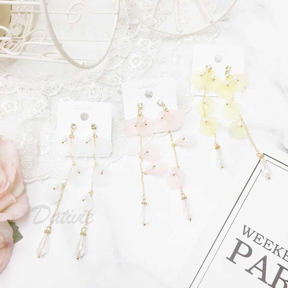 韓國 925純銀 水鑽 花朵 珍珠 透明水晶 2色 垂墜感 耳針式耳環