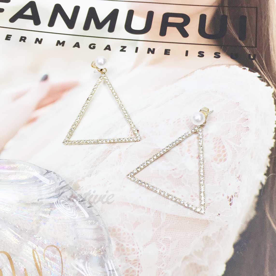 韓國 925純銀 珍珠 三角形 鑽 垂墜感 耳針式耳環