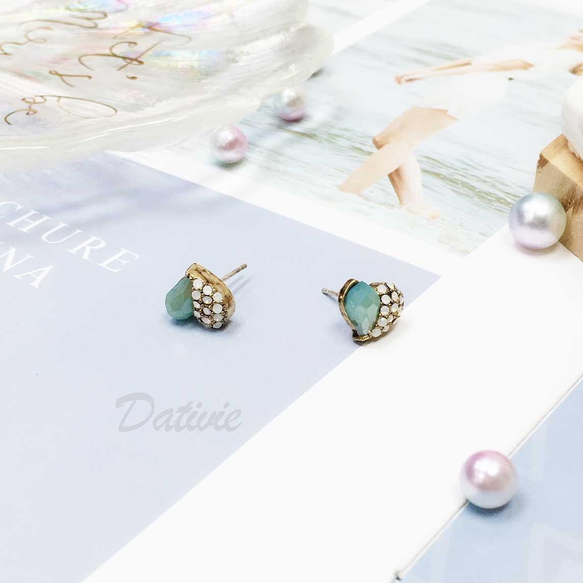 韓國 925純銀 愛心 AB鑽 不對稱 耳針式耳環