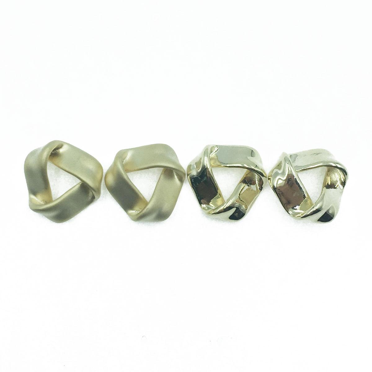韓國 925純銀 不規則三角形 亮面 霧面 2款 耳針式耳環