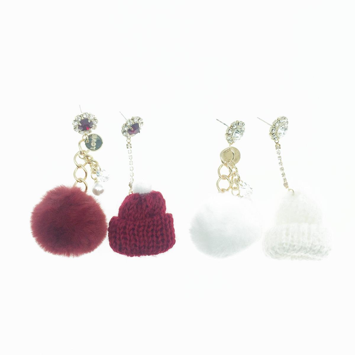 韓國 925純銀 水鑽 珍珠 不對稱 毛球 毛帽 2色 垂墜感 耳針式耳環