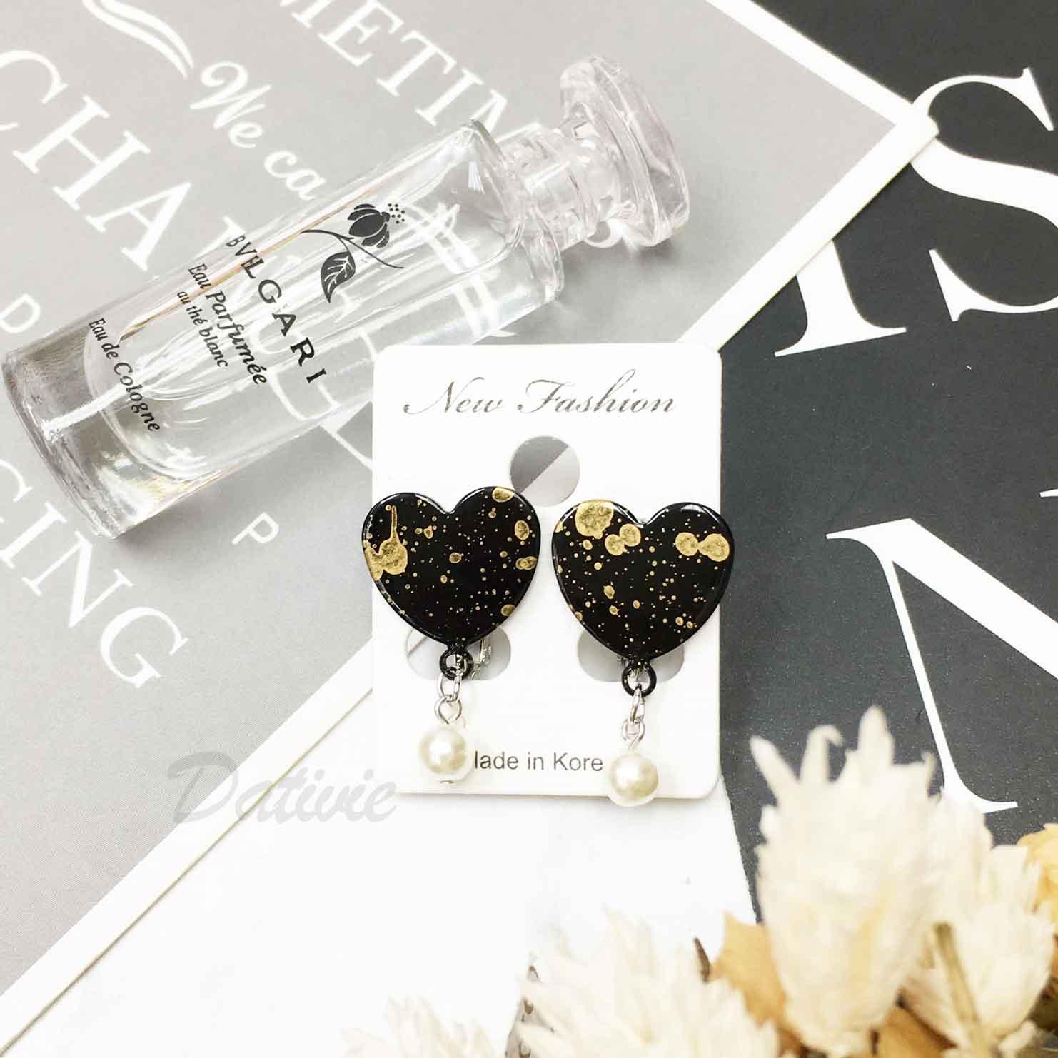 韓國 可愛 個性 質感 愛心 珍珠 惡魔天使款兩色 夾式耳環