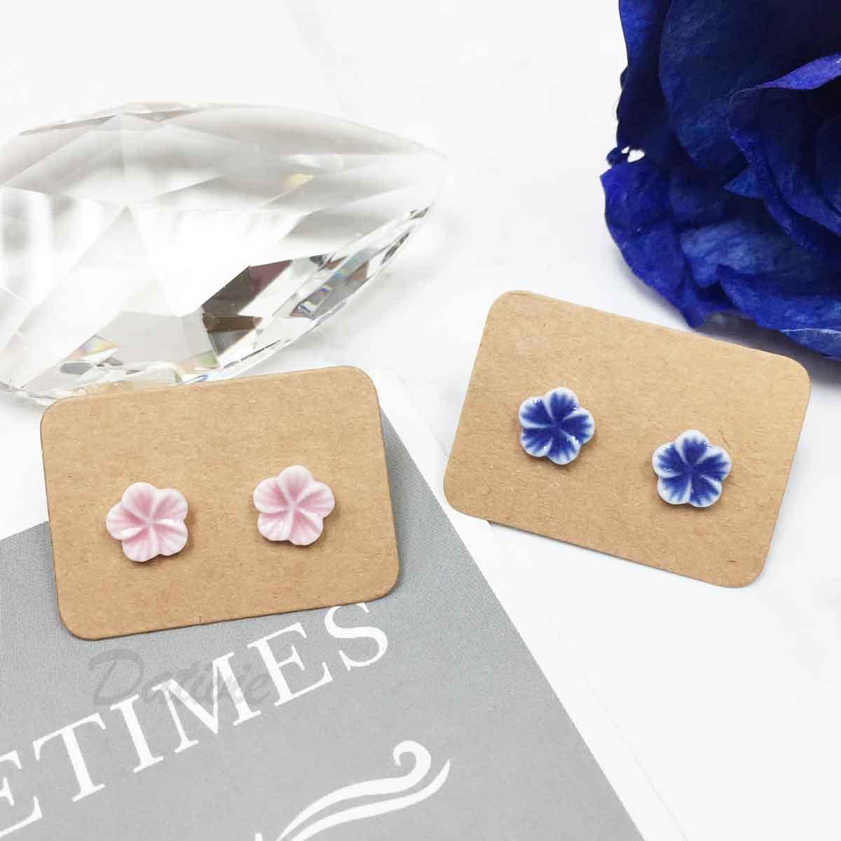 不鏽鋼 花 粉色藍色 氣質款 耳針式耳環