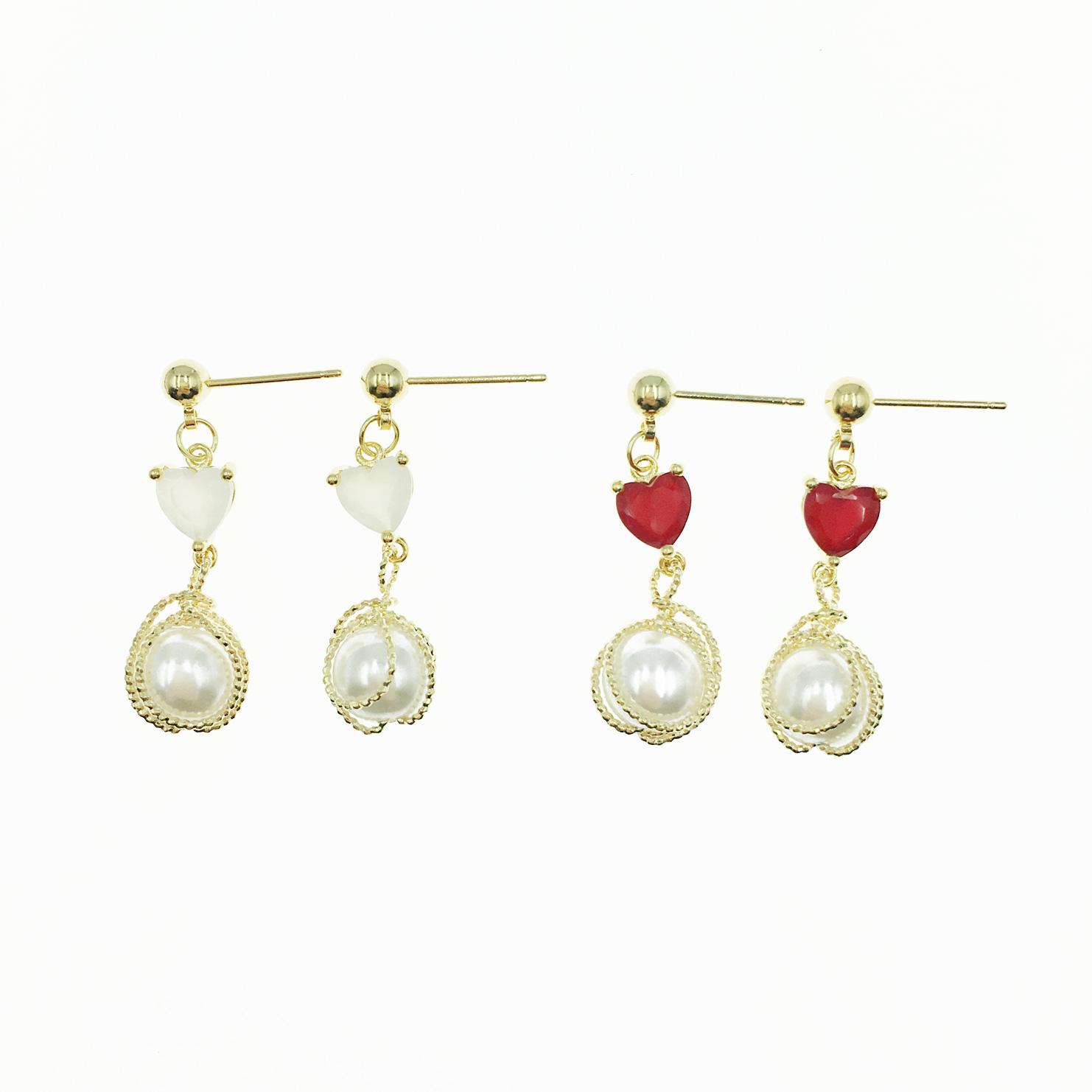 韓國 愛心 小金珠 金線螺旋 珍珠 2色 垂墜感耳針式耳環