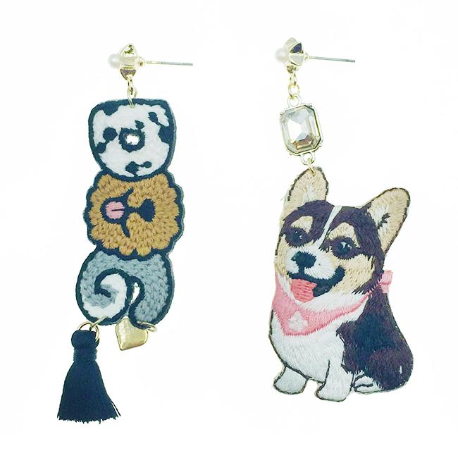 韓國 不對稱 刺繡 燙布貼 狗狗 DOG 長鑽 星星 珍珠 流蘇 垂墜感 耳針式耳環