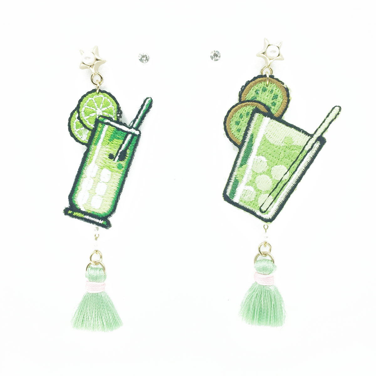 韓國 不對稱 刺繡 燙布貼 奇異果果汁 星星 珍珠 鑽 流蘇 垂墜感 4入 耳針式耳環