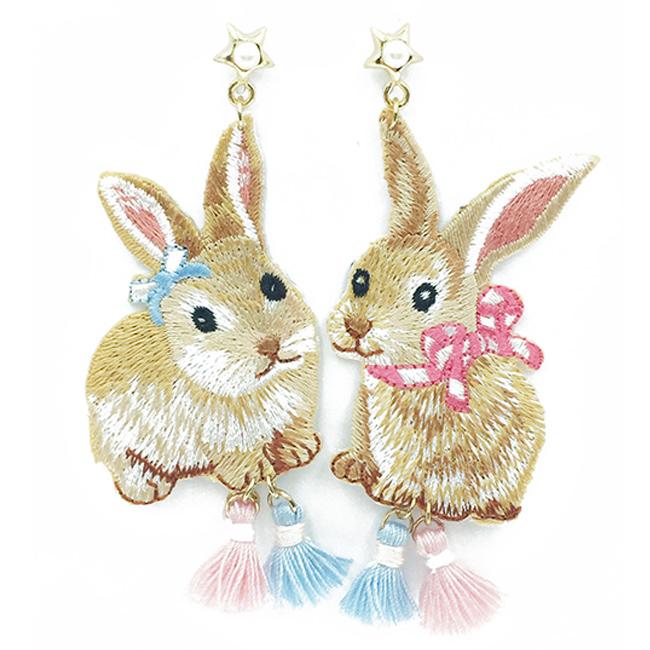 韓國 不對稱 刺繡 燙布貼 兔兔 星星 珍珠 流蘇 垂墜感 耳針式耳環