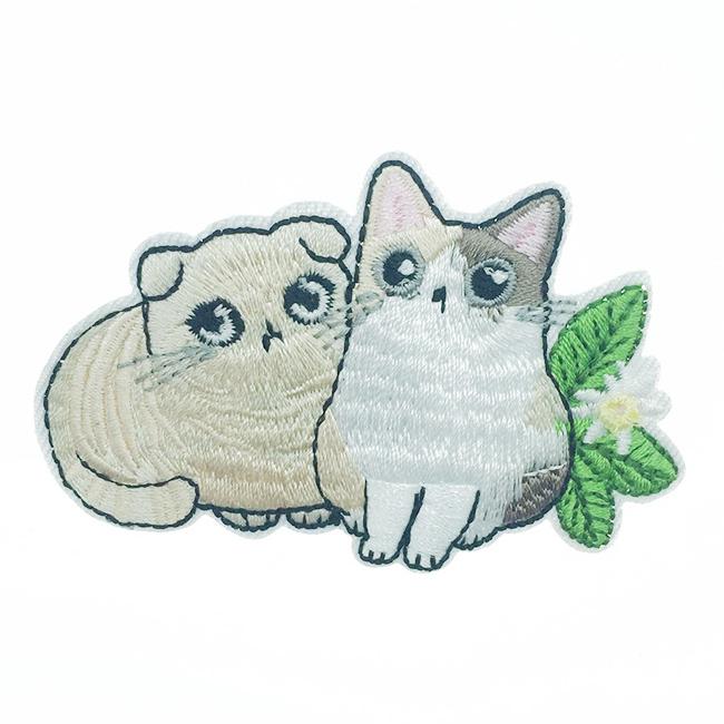 韓國 燙布貼 刺繡 貓咪 水汪汪大眼 胸針 別針