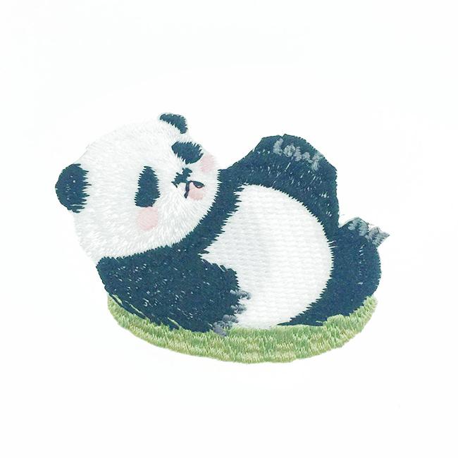 韓國 刺繡 燙布貼 熊貓 睡覺 休息 胸針 別針