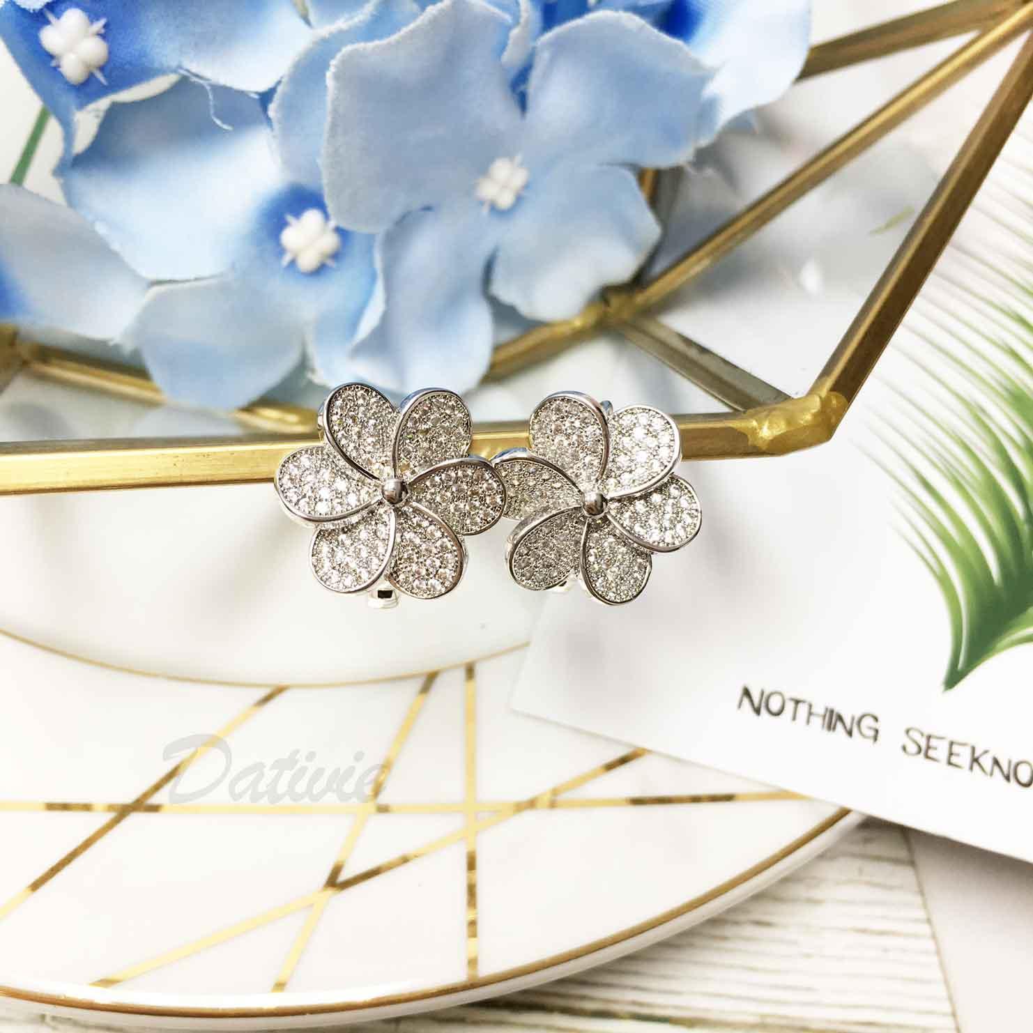 花 立體 層次花瓣 水鑽 甜美 耳針式耳環