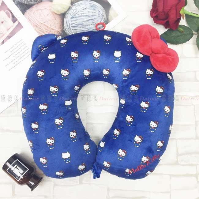 造型U型靠枕 三麗鷗 Hello Kitty 凱蒂貓 KT貓 藍色 滿版 紅蝴蝶結 頸枕 日本進口正版授權