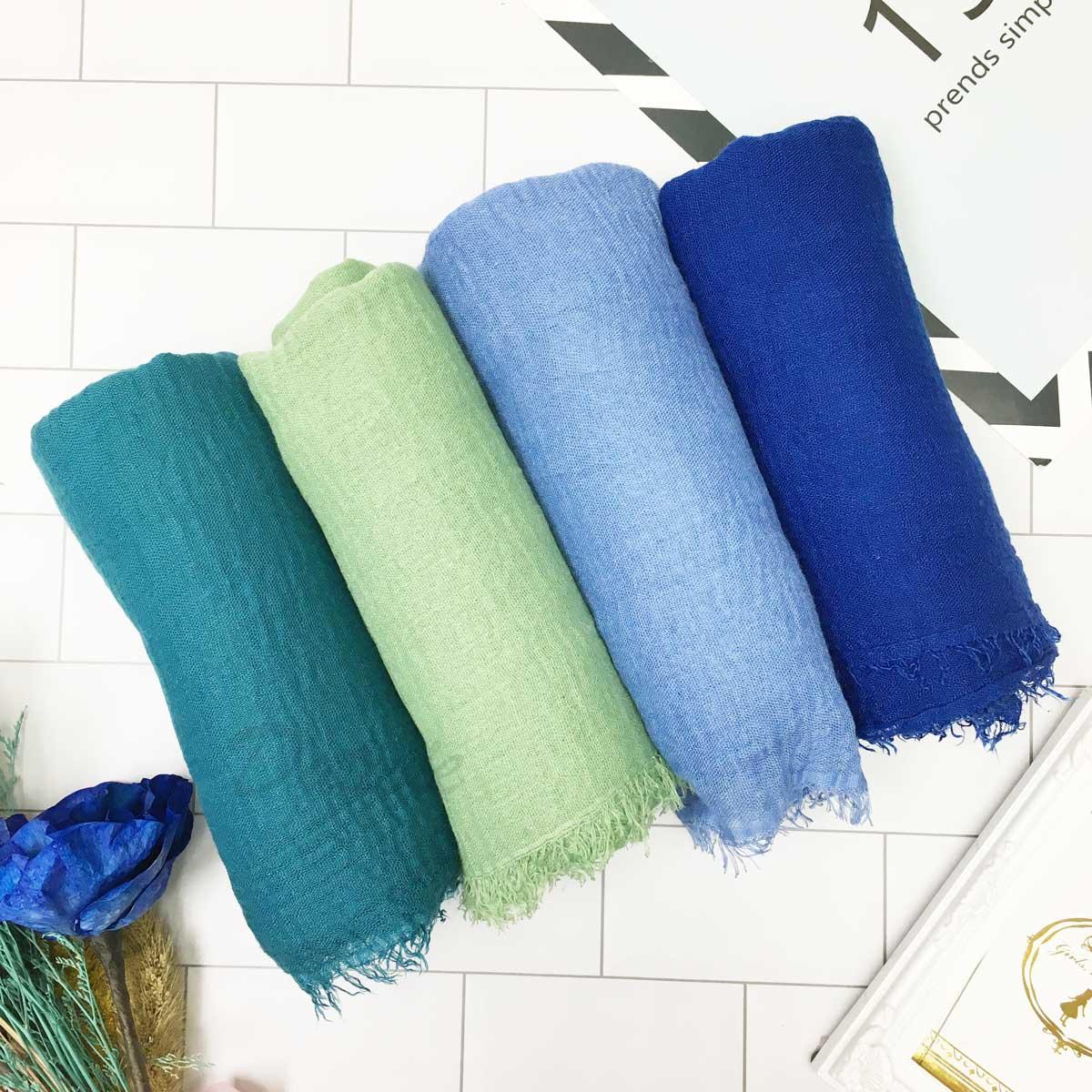圍巾 素面 不收邊 抽鬚 簡約 墨綠 綠 藍 深藍 薄圍巾 三色