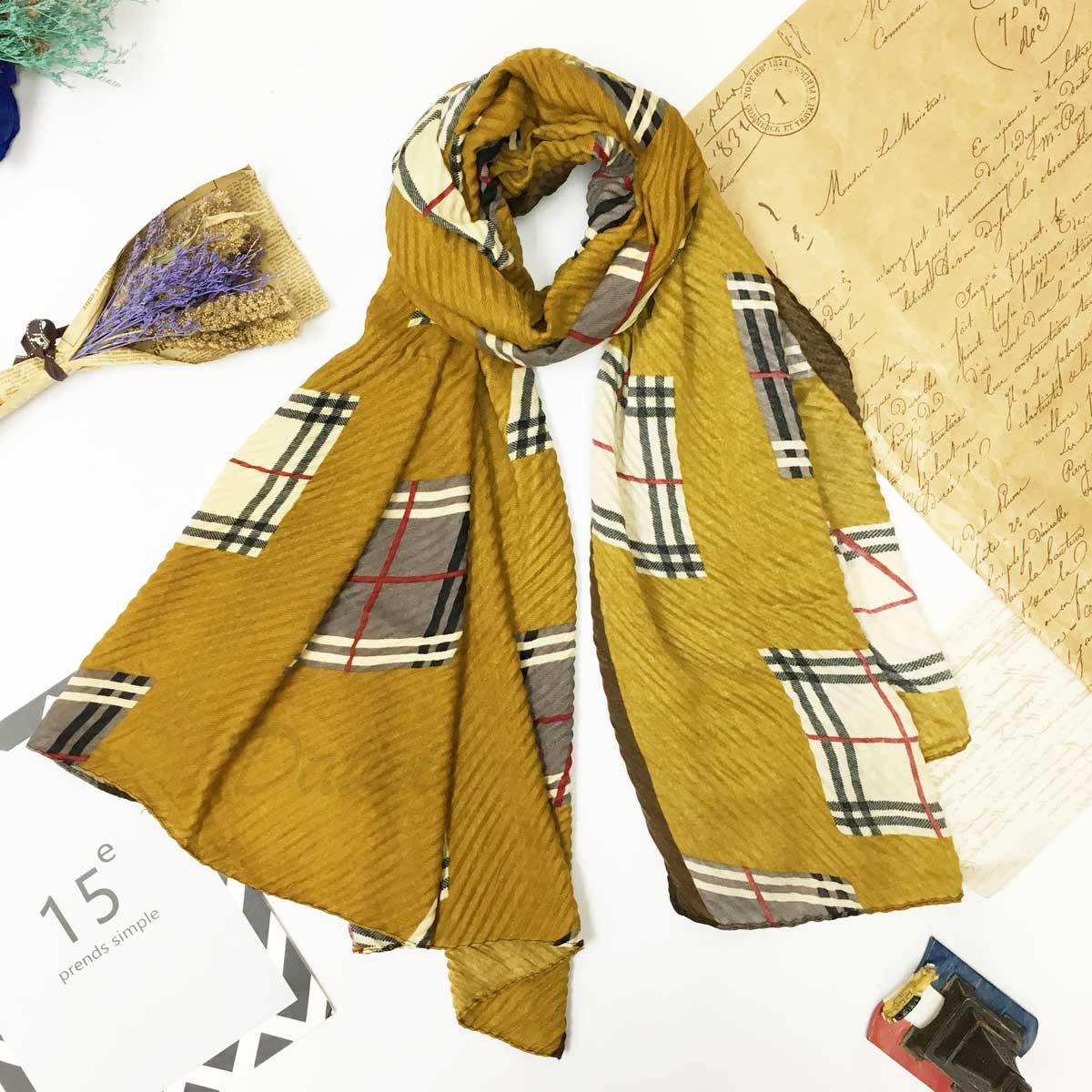 圍巾 格紋 知名品牌 百摺紋路 秋冬款 薄圍巾