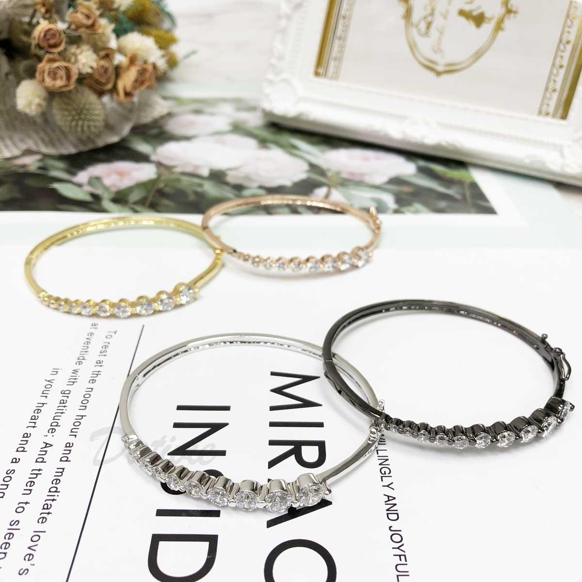 大小鑽 排列 玫瑰金 金 銀 黑精緻 細緻 氣質款 鑲鑽  手環 手飾