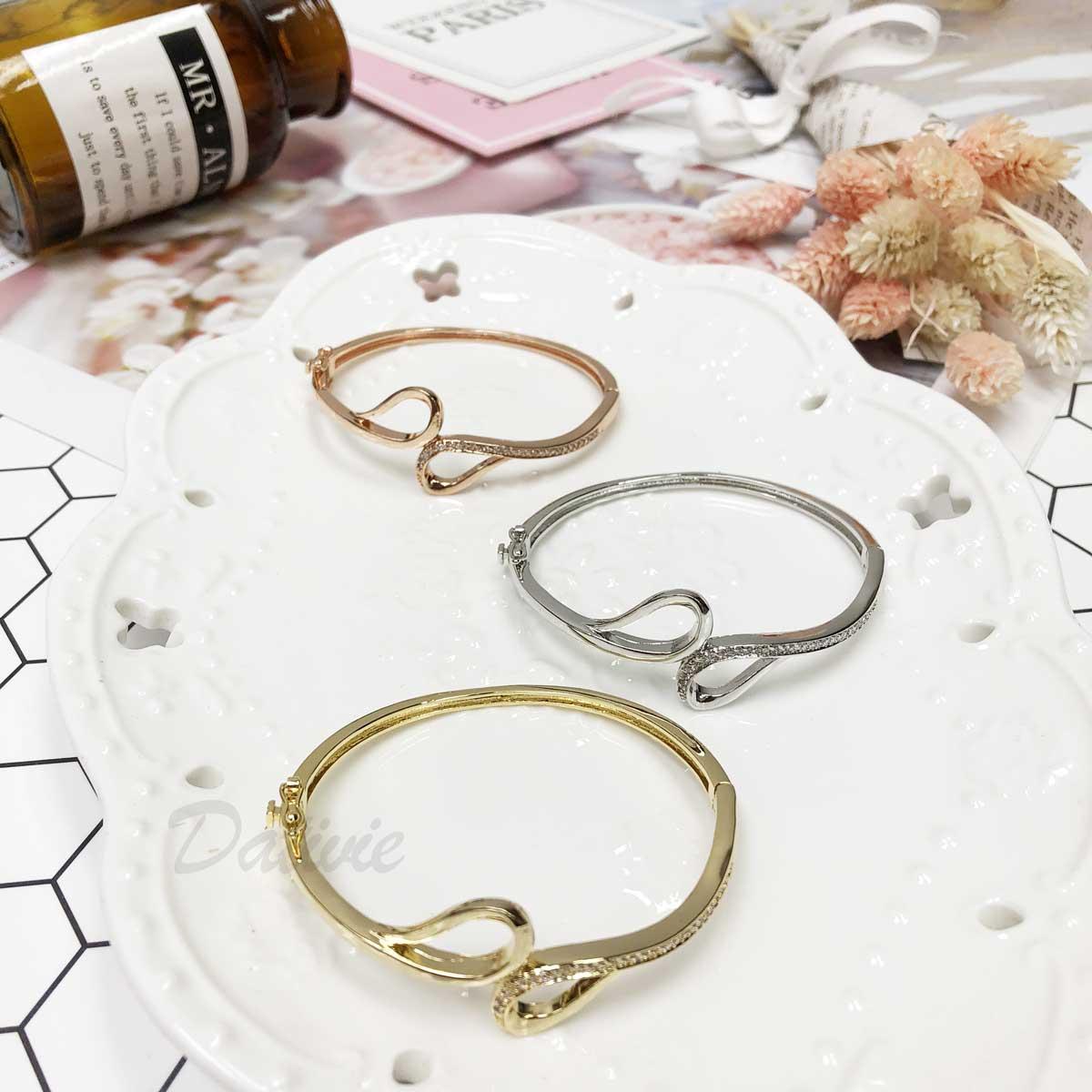 對稱 水鑽 線條感 氣質感 簡約 玫瑰金 手環 手飾