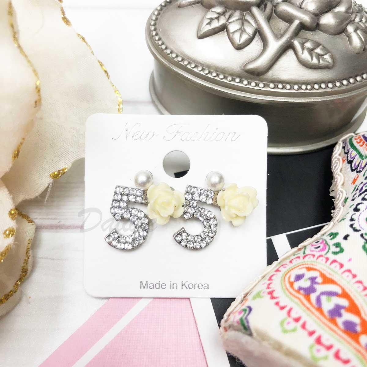 小香風 文字細鑽 雕刻玫瑰花 珍珠 針式耳環