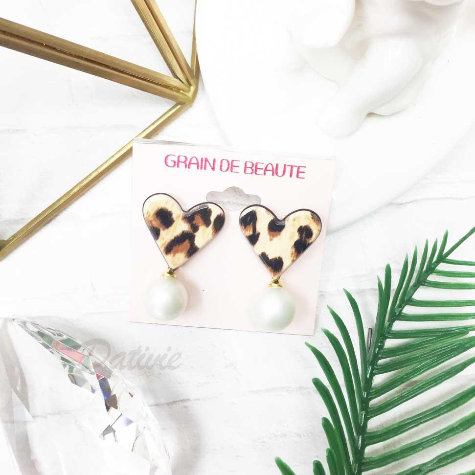 韓國 GRAIN DE BEAUTE (AZNAVOUR) 豹紋愛心 垂墜珍珠 耳針耳環