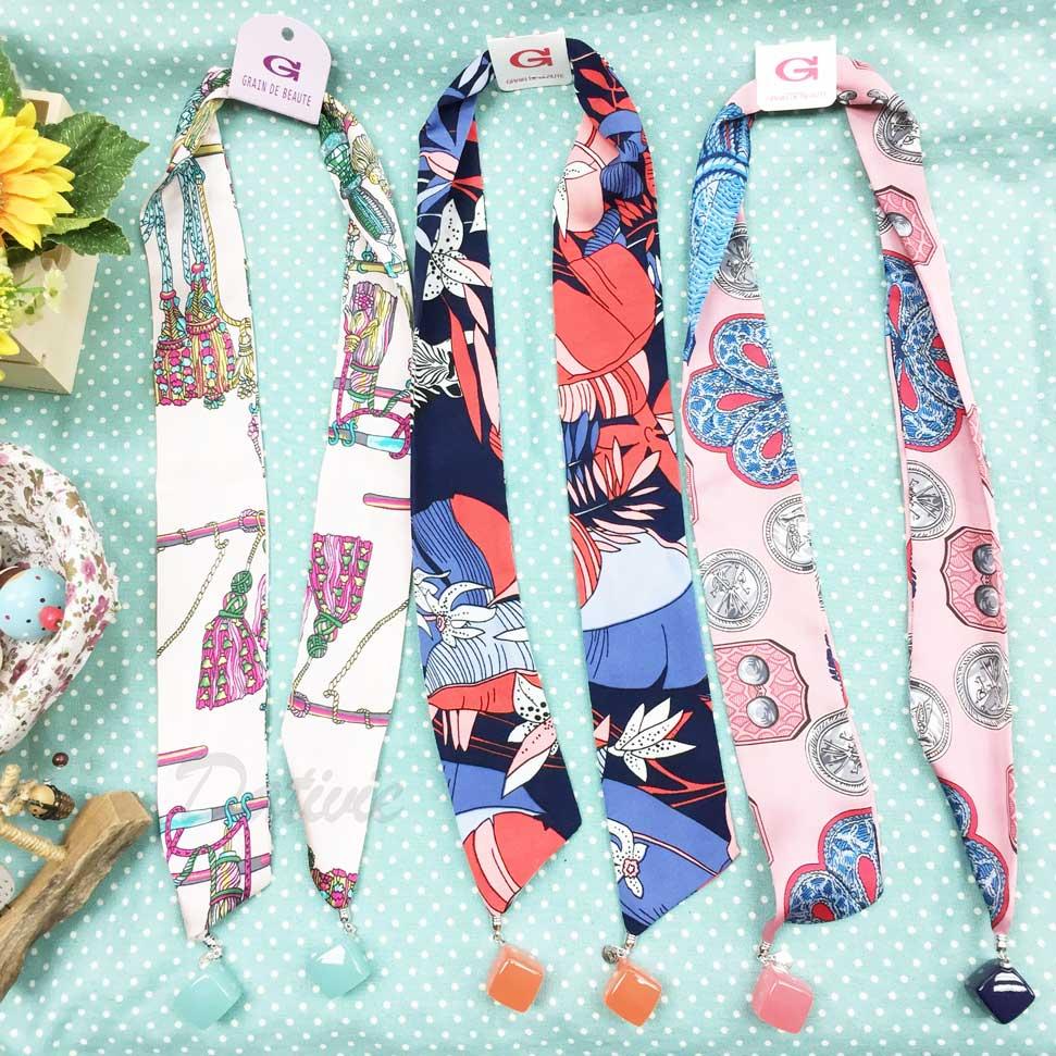 韓國 GRAIN DE BEAUTE (AZNAVOUR) 花紋 垂墜方塊 絲巾