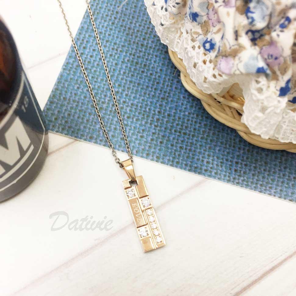 韓國 不鏽鋼 刻字 LOVE 鑲鑽 玫瑰金墜飾 項鍊
