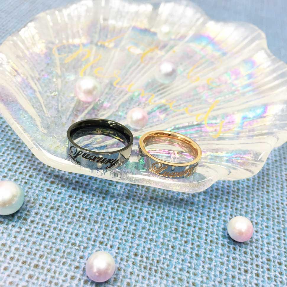 不鏽鋼 草寫英文 刻字 水鑽 黑色 玫瑰金 情侶款 手飾 對戒 戒指