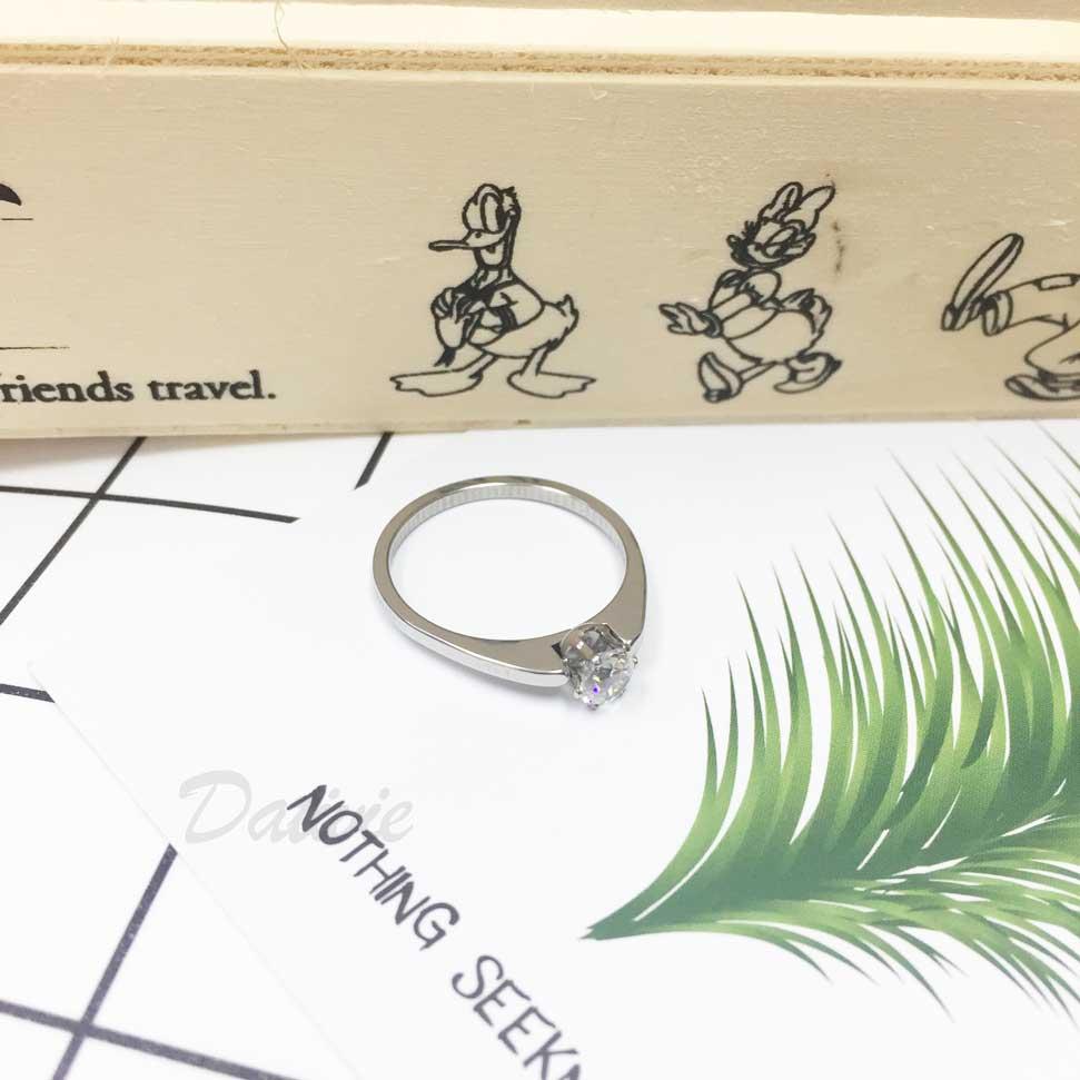 不鏽鋼 閃耀單鑽 水鑽 白鑽 銀色 手飾 戒指
